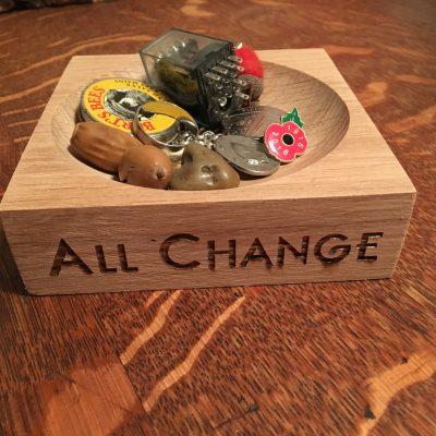 Oak Change Pot