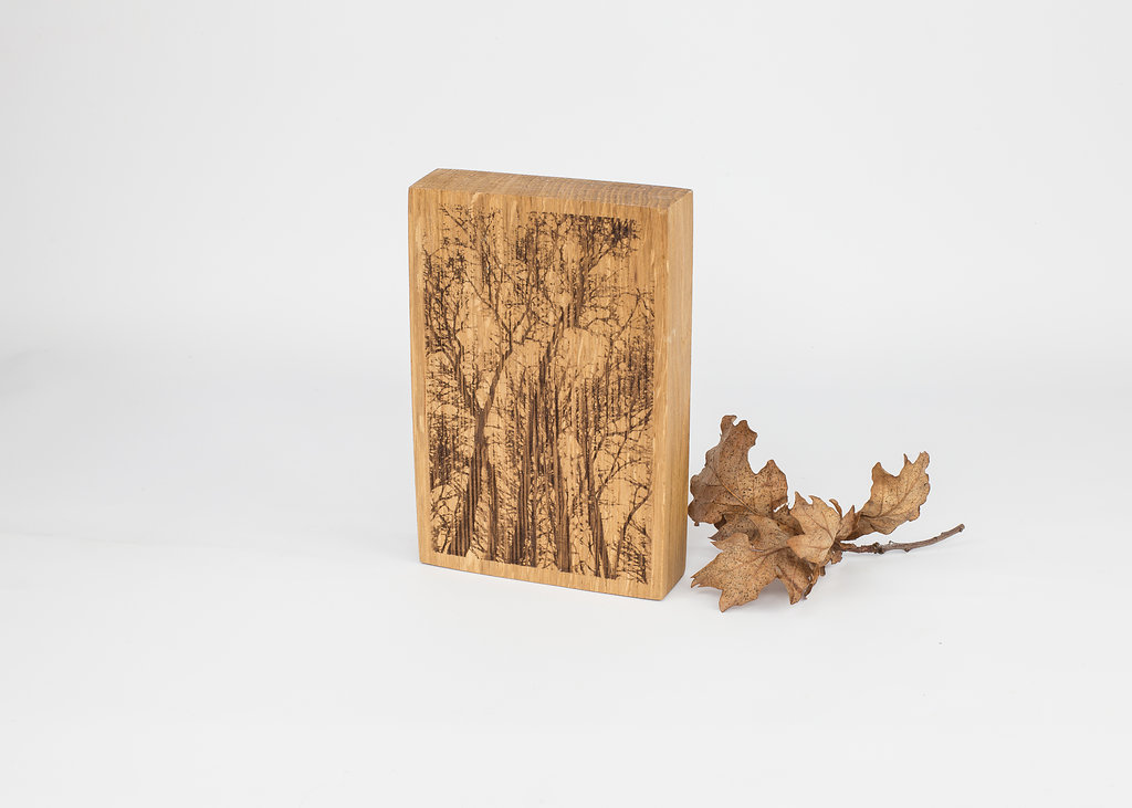 English Oak Woodland Scene Engraved Keepsake Decoration
